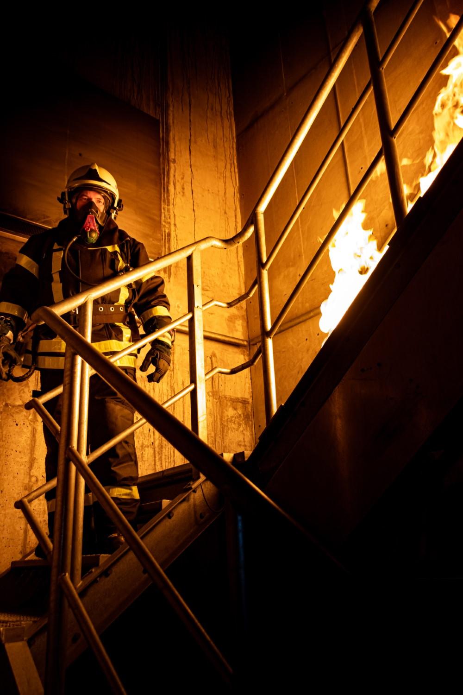 Eerste hulp bij werken met kinderen en brandbestrijding en ontruiming.